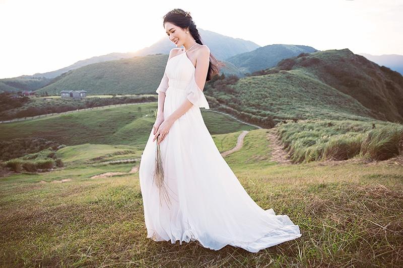 【心理測驗】:找到你的命定婚紗!鐘型袖、公主澎裙...究竟我適合哪種白紗?