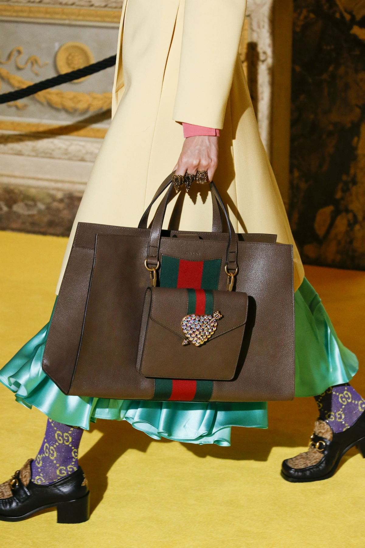 Gucci綠紅綠織帶太火!一場源自馬腹帶的時髦革命