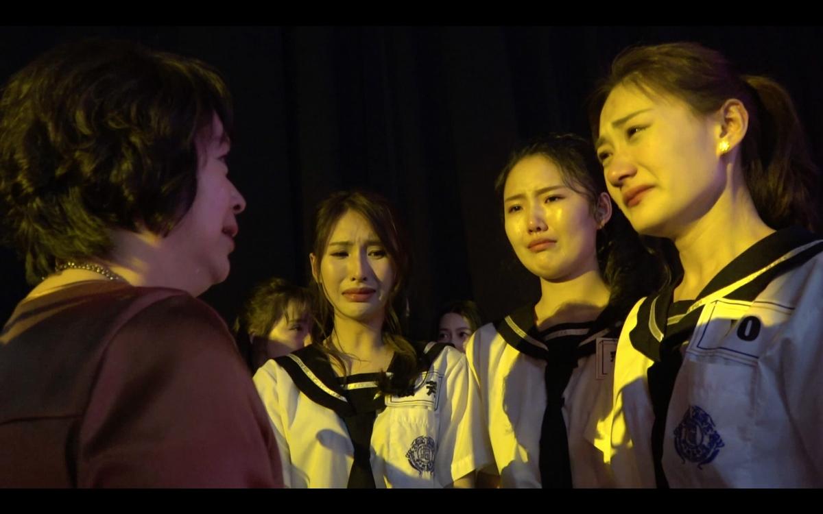 楊謹華親授撒嬌秘技  女學員被強抱嚇傻