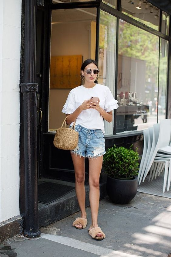大熱天還是想穿丹寧?時髦人都買了這幾條爆款短褲