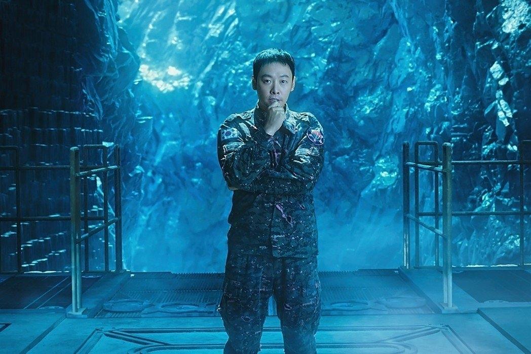 《與神2》登台/河正宇自爆最怕「鯊魚」 金東旭曾被鬼壓床