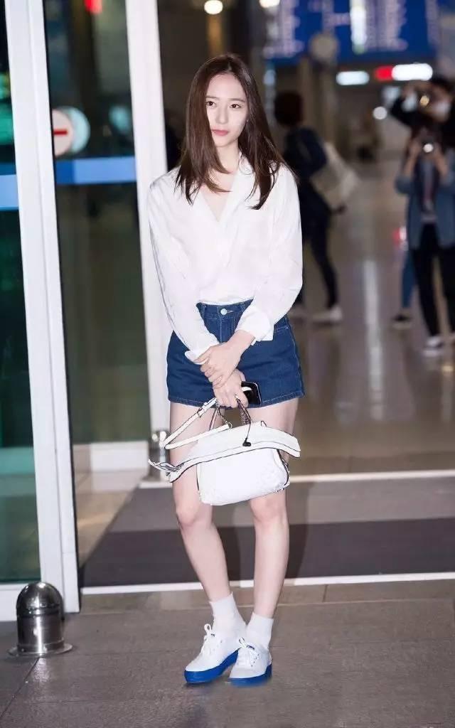 Krystal私服穿搭就愛它!Keds時尚帆布鞋讓妳和水晶一樣很型!