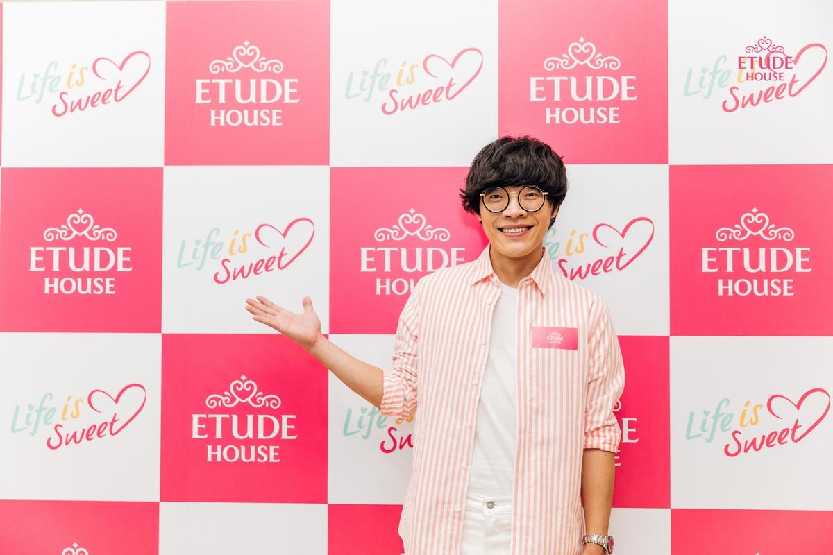 首次擔任ETUDE HOUSE彩妝小隊長 盧廣仲說:化妝真的好難唷,以後我還是在旁邊看就好了!