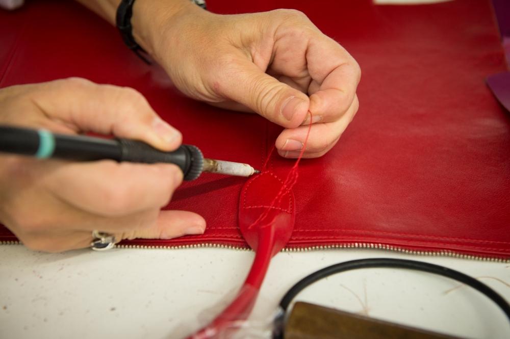 《延禧》莫蘭迪摺進法式情懷 Longchamp Le Pliage®小羊皮摺疊包秋冬新色上市