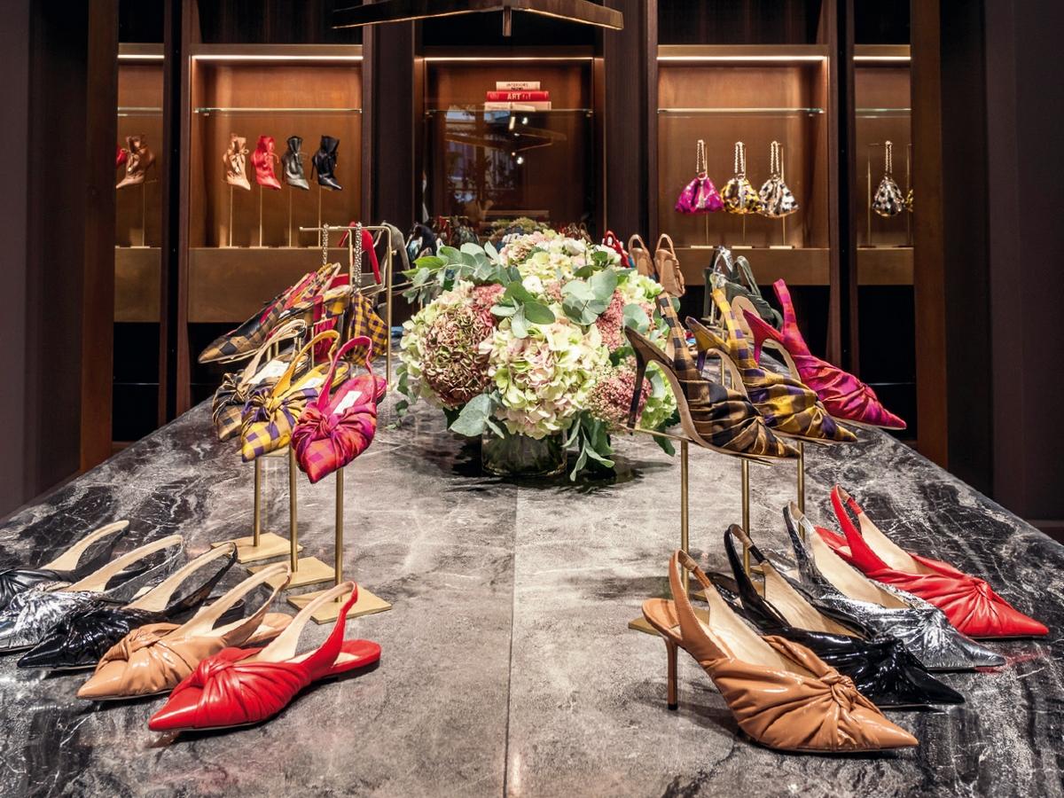 〈2019春夏女裝周配件趨勢〉Jimmy Choo  雙腳的雕塑課