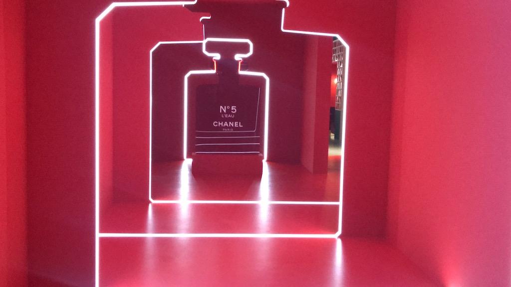 想紅就是這麼簡單!香奈兒紅色工廠台北開張,免費入場還有限量驚喜小禮物!