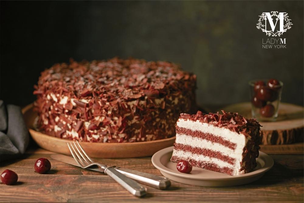 給你滿滿的草莓!Lady M推出期間限定草莓蛋糕