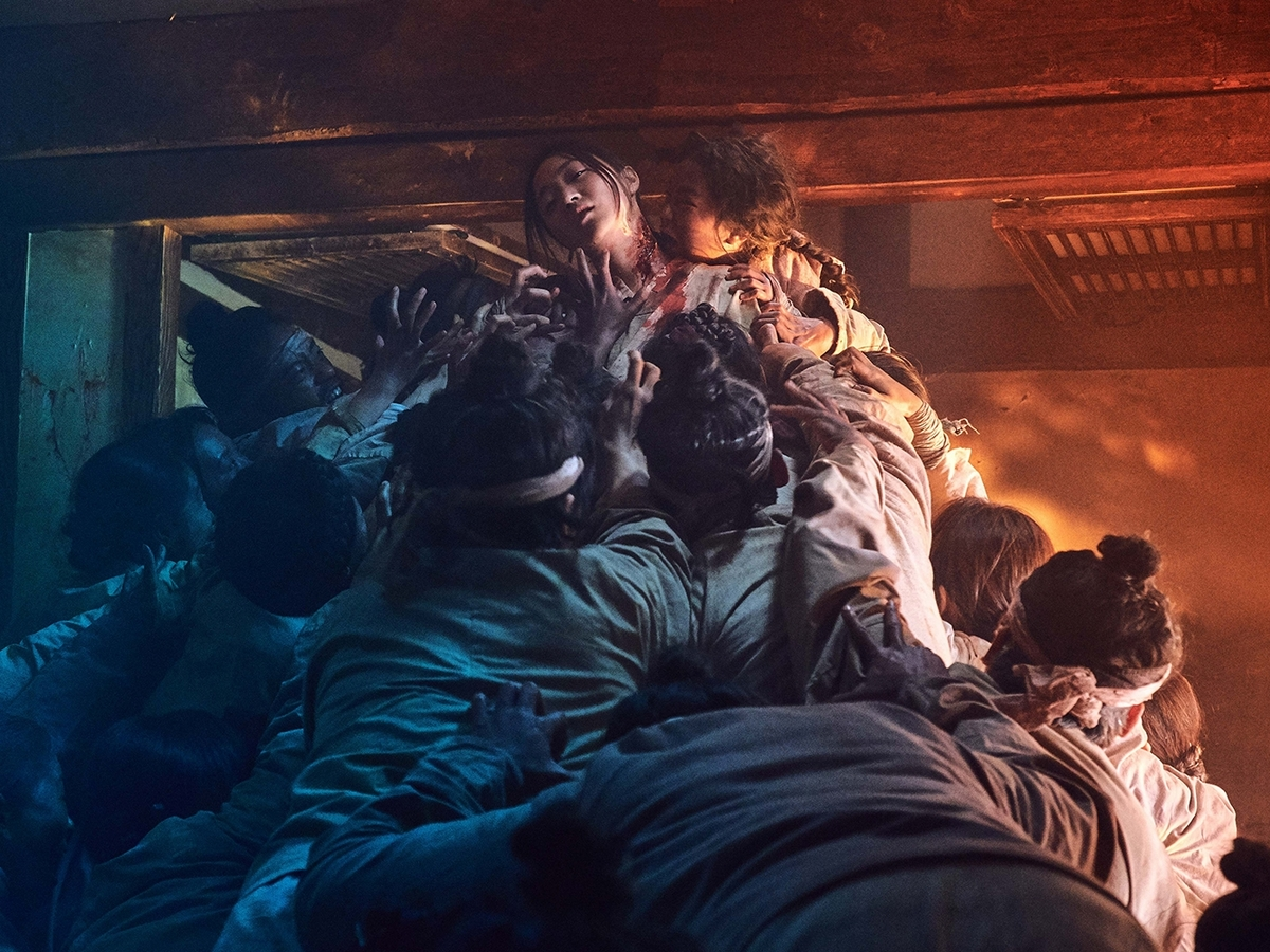 Netflix推推/小螢幕吹搞鬼風 珊卓布拉克裝瞎鬥死神