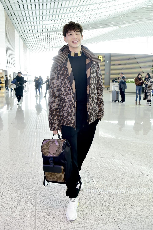 這個小眼男神我可以!南柱赫麻吉金志洙全身FEND前進米蘭時裝周