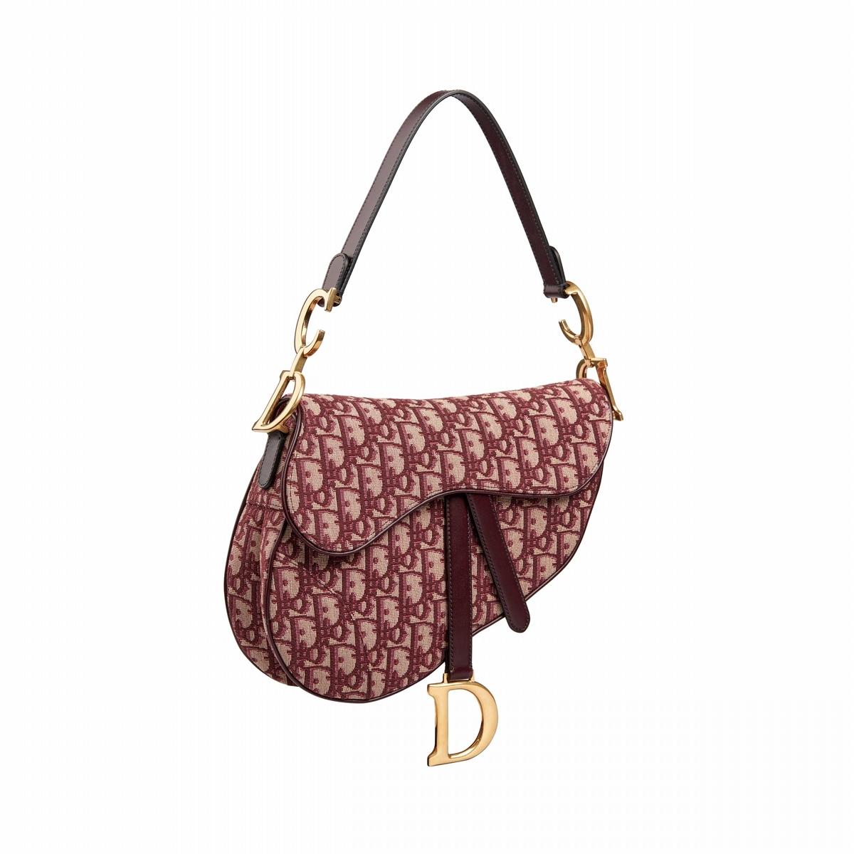 去年紅到今年、明星最愛It Bag!過年串門,到底應該背什麼包?