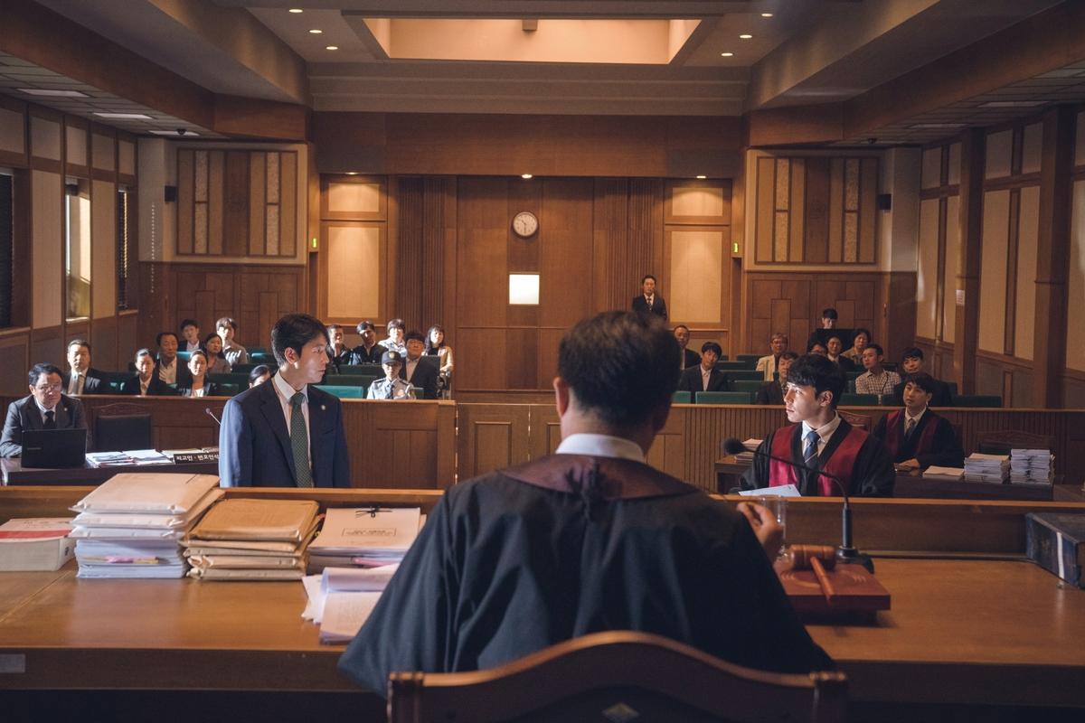 鄭雨盛拍《證人》法庭戲險窒息! 氧氣面罩隨時待命