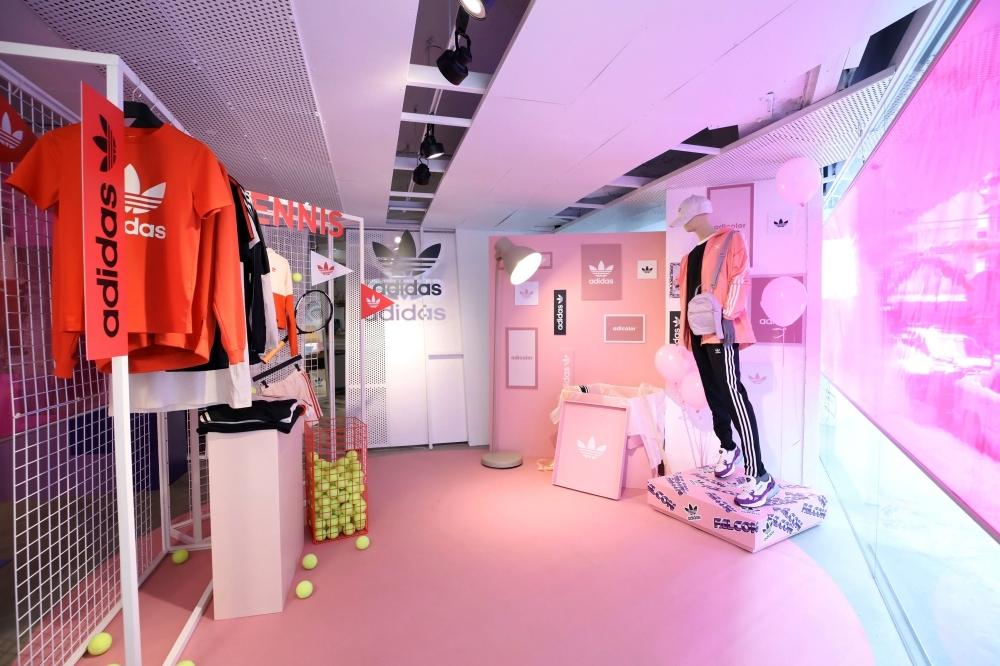 就是這麼燒!adidas Originals推新品  粉嫩Sleek鞋款、桃粉紗裙 就要你春季收好收滿
