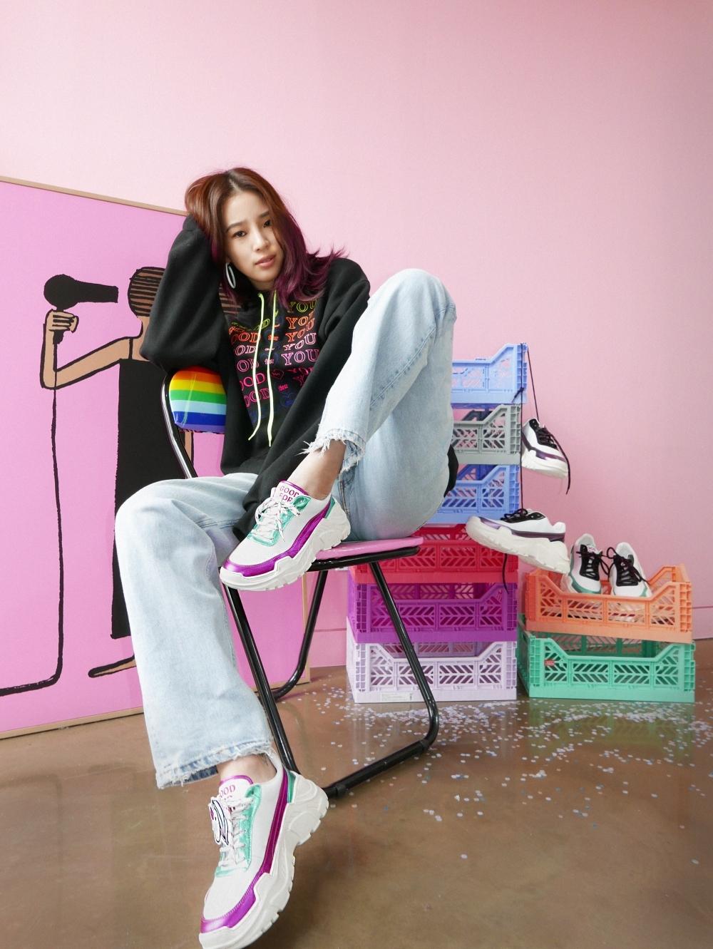 你的鞋櫃就缺這一雙!亞洲最潮部落客Irene Kim  X JOSHUAS限量鞋 少女們必追一波
