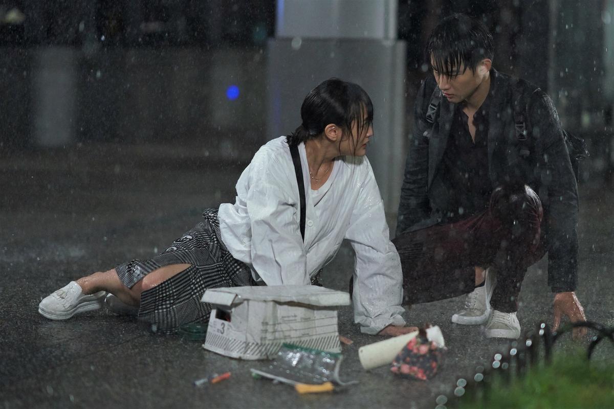 張庭瑚對戲李國毅 律師術語緊張狂NG