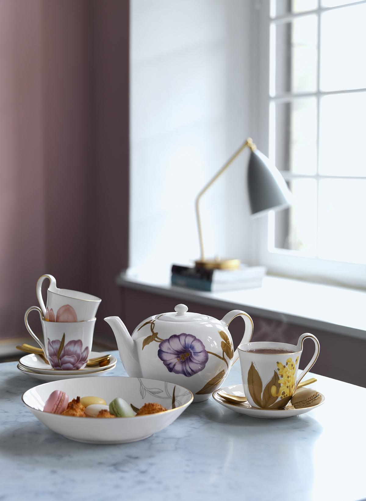 餐桌染春意!精選6大繽紛花朵器皿,居家換季好簡單