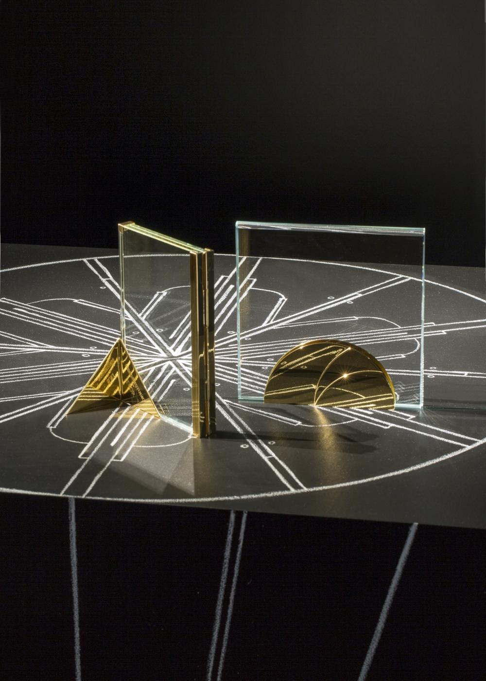 金屬、線條、光影完美結合!DIOR MAISON X DIMORE STUDIO 14件家飾作品,將在米蘭登場啦