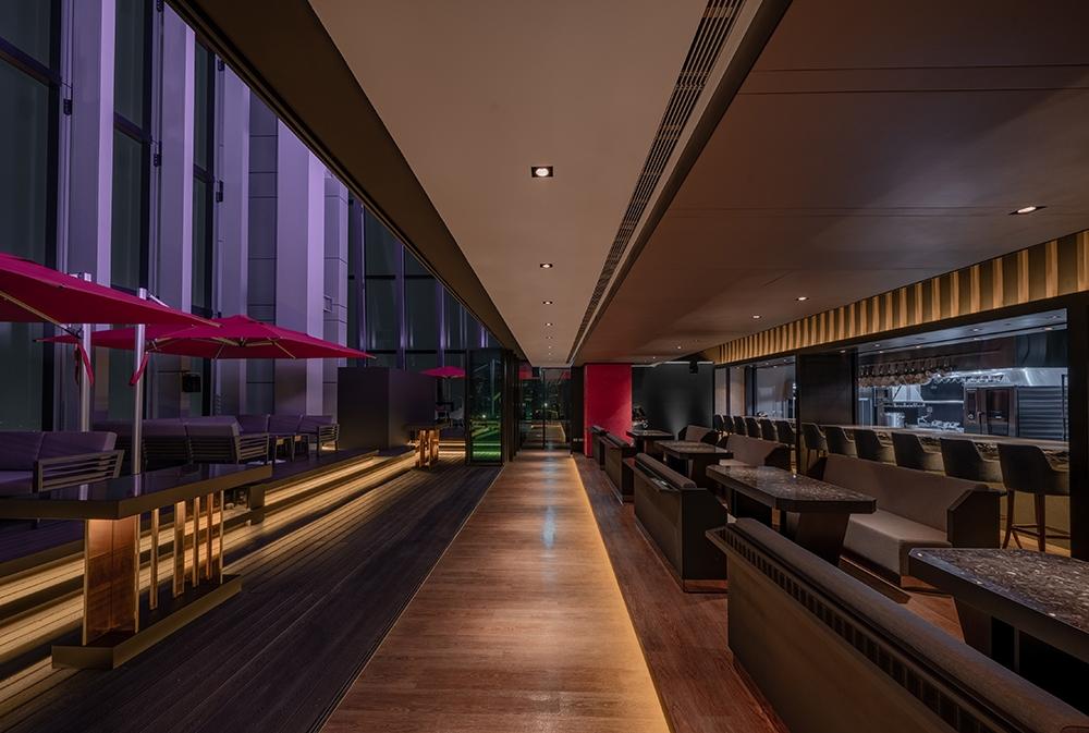 全台最高時髦酒吧誕生!CÉ LA VI Taipei進駐微風南山,360度欣賞台北美景
