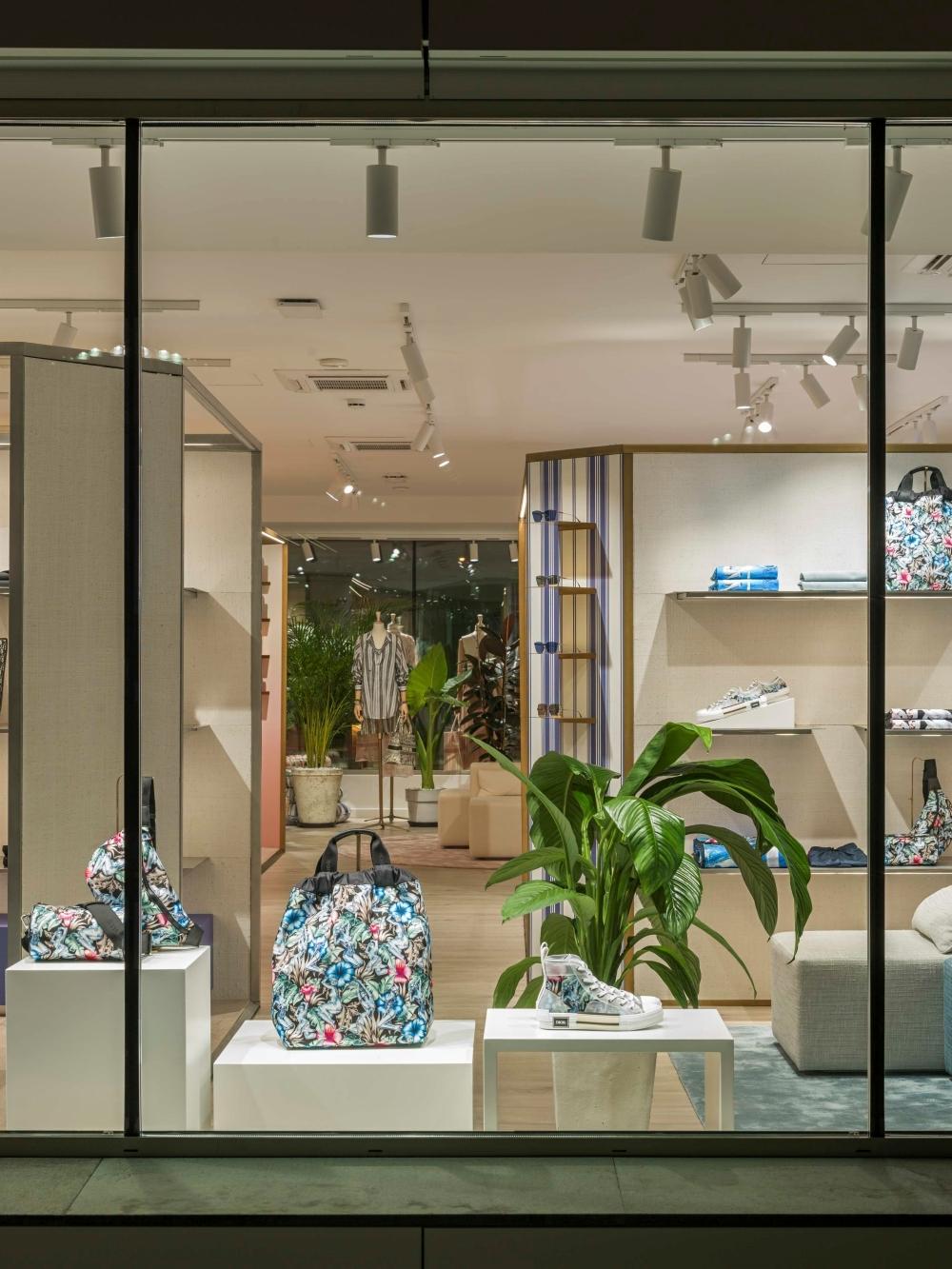 夢幻破表!Dior再登度假勝地 希臘、西班牙、義大利快閃店限時啟動