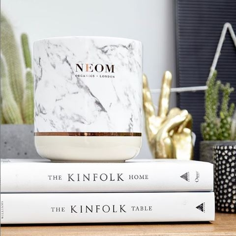 Neom最新大理石香氛蠟燭與括香,放在家裡就是最有氣質,香氛控必搜單品