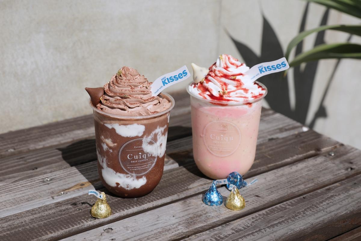 滿滿都是KISSES水滴巧克力!奎克咖啡限時推出「草莓巧酥冰沙、醇濃可可冰沙」香濃滋味,飲料控必喝