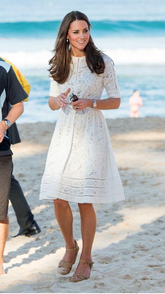 除了是遮肉神奇還讓你秒GET仙氣!10款白色連身洋裝推薦,這個夏天絕對要入手