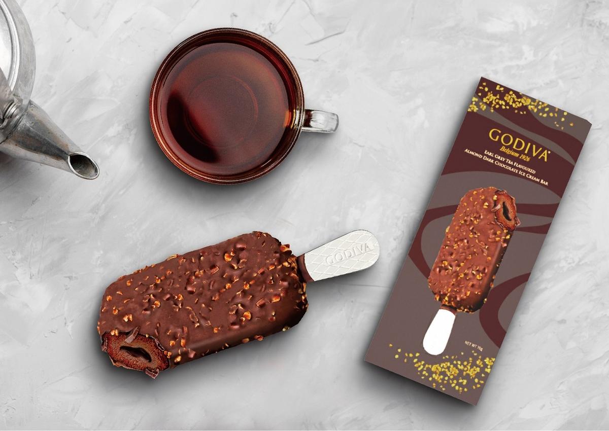 全台限量快搶起來!GODIVA X 7-11聯名2款「黑巧克力流心雪糕」開賣,99元就能嘗到頂級冰棒