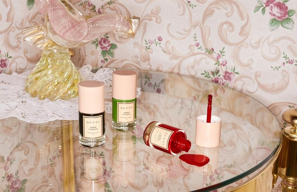 Gucci全新粉蓋指彩美極了!#713綠松石、#212玫瑰裸色必收
