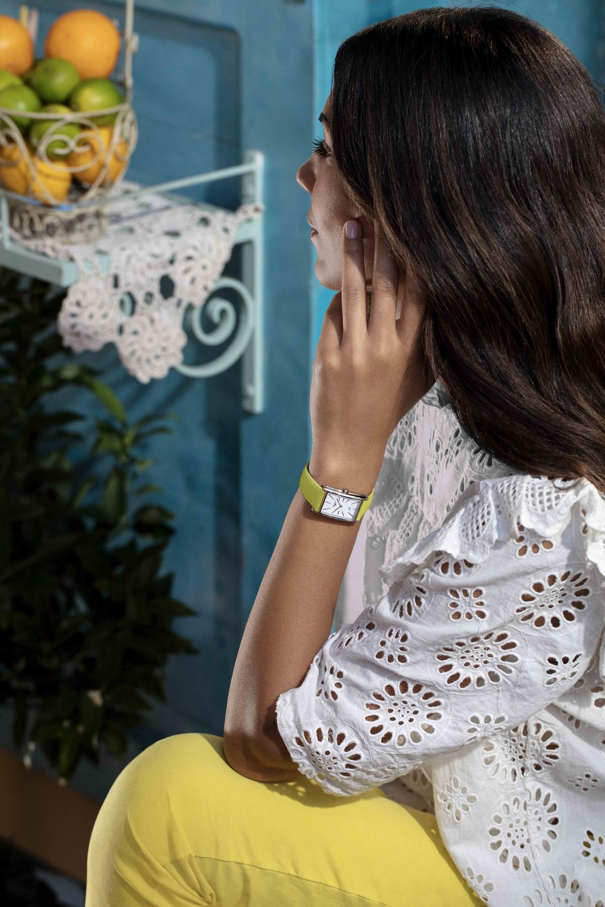 多彩一夏!浪琴表DolceVita多情系列新推「可拆換彩色錶帶」8色!