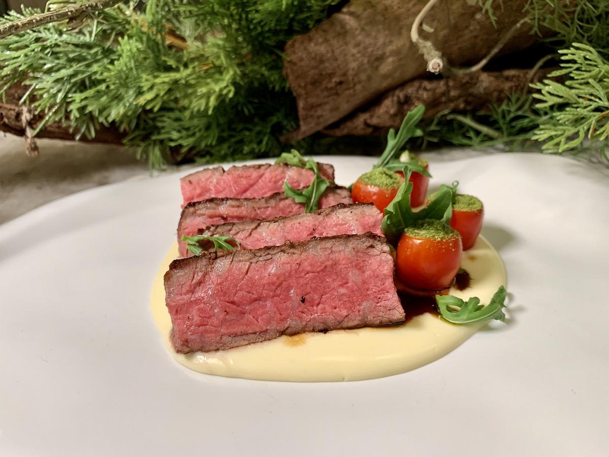 正統義大利菜只要980元起!信義安和「CROM Taipei」推出超值午晚套餐,特級肋眼、干貝頂級食材通通有