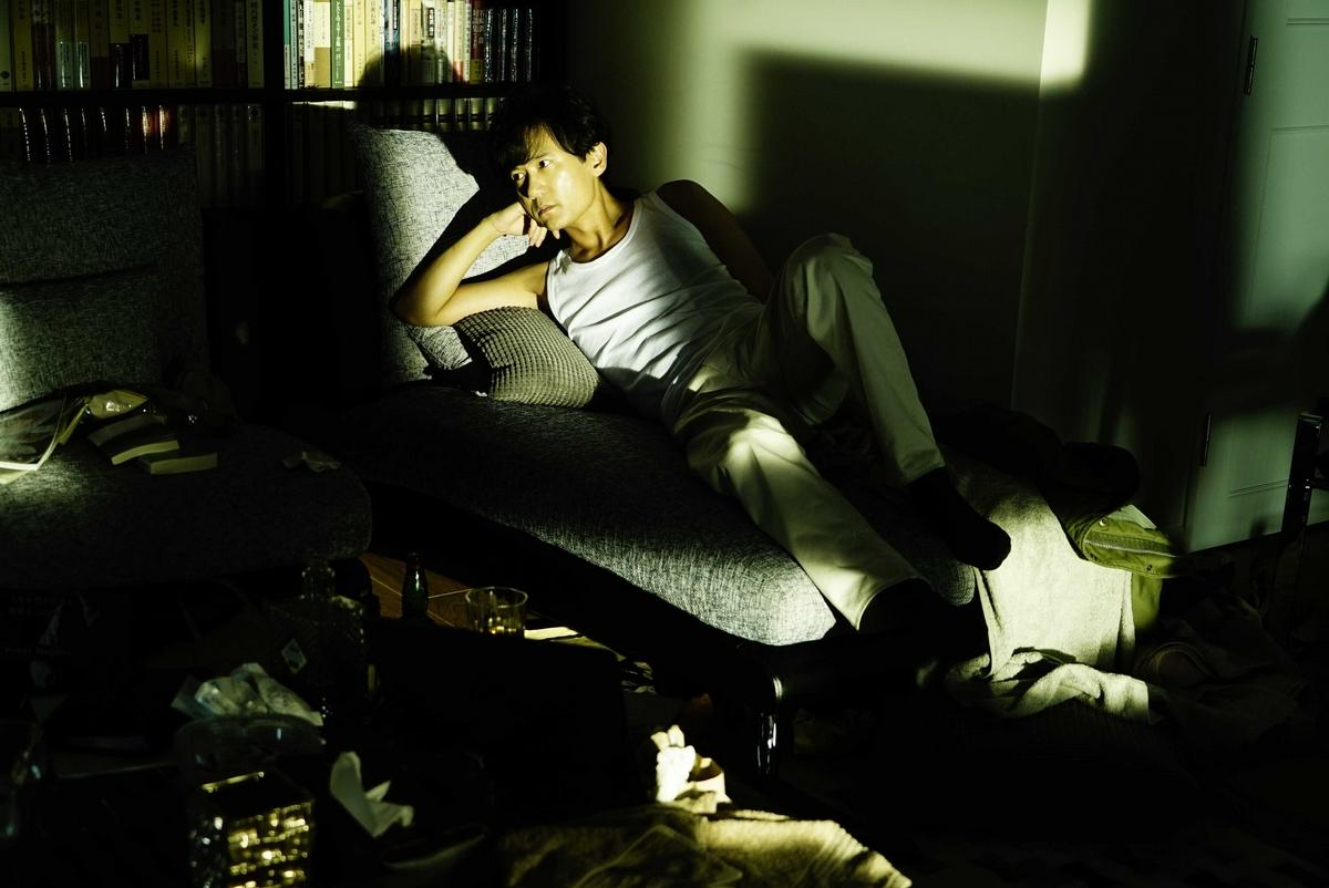 從書房一路做到浴室!《手塚治虫迷幻少女》稻垣吾郎、二階堂富美祭6分鐘全裸露點床戲