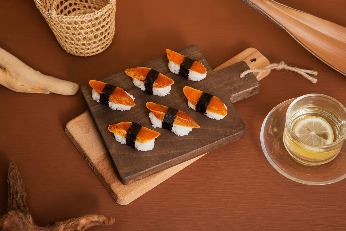 顛覆想像!焦糖瑪奇朵口味烏魚子 「老饕鮮生」最美一口烏必買百貨限定包裝、口味
