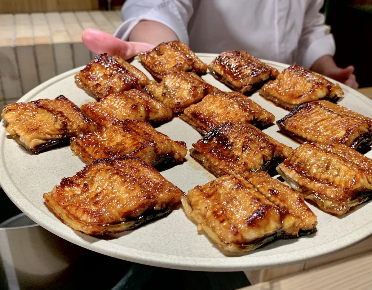 蕭敬騰日料「渡邉」1人6000的豪華菜色搶先看!和牛壽喜燒、招牌鰻魚飯16道無菜單料理,僅有12席預約要衝啊