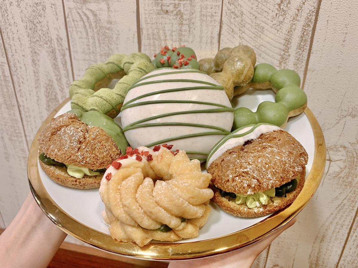 限期買三送一!Mister Donut X 辻利茶舗聯名甜點「抹茶雙層波堤、抹茶雙餡費南雪」必吃,加碼3款夢幻飲品上市