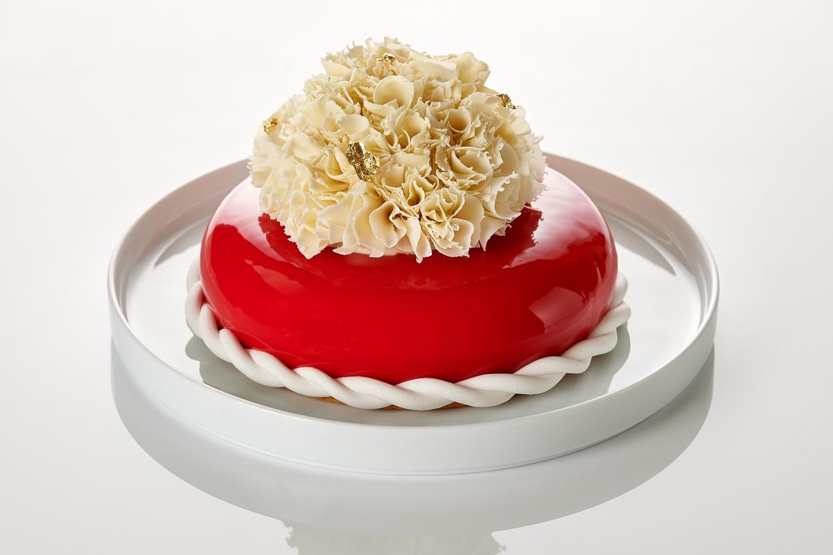 2021母親節人氣蛋糕推薦!「奢華松露款、浮誇系玫瑰、綿密芋頭、繽紛水果」都上榜,想把媽媽寵成公主快預購