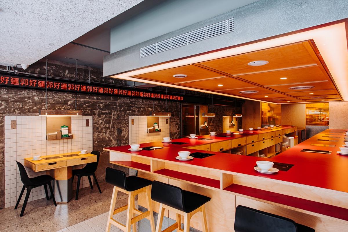 每天抽2組幸運兒免費吃!台北東區個人小火鍋「好運郭」3種高CP值價格、4款特色湯頭推薦,加贈刮刮卡抽肉盤
