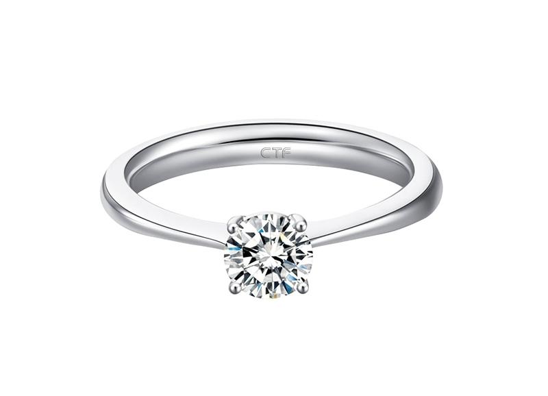 周大福18K白色黃金美鑽戒指
