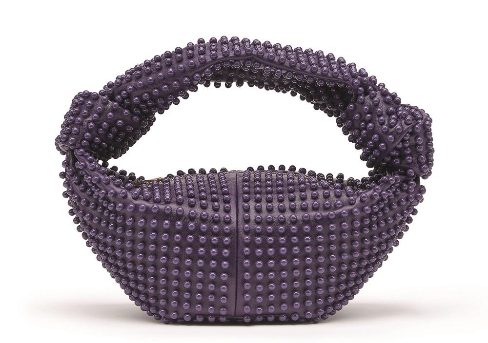 Bottega Veneta發表Wardrobe 02系列 喚醒日常衣櫥裡的奢華與玩心