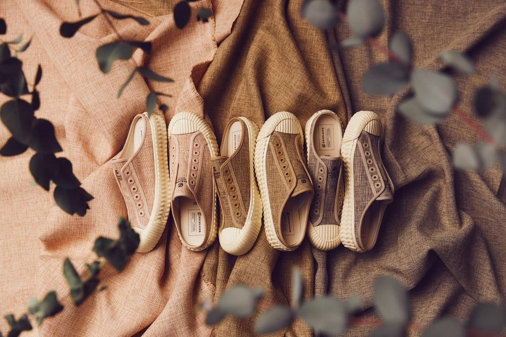 一穿輕飄飄!韓國超人氣餅乾鞋EXCELSIOR推棉麻、草編材質,毫無負擔又輕盈