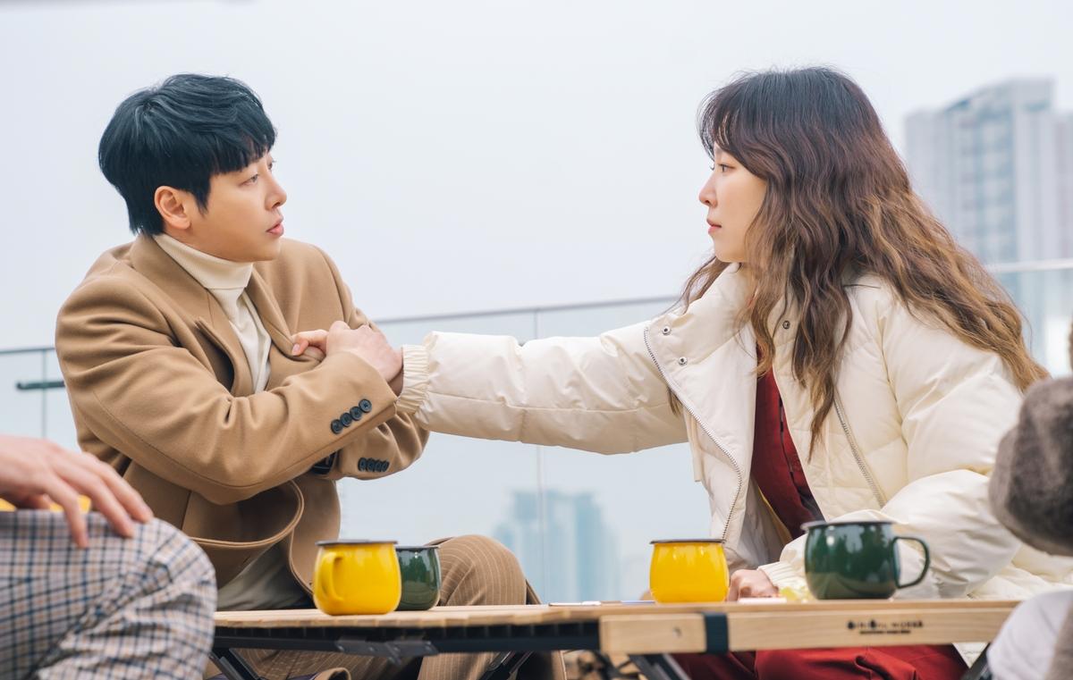 金東旭搭檔徐玄振想當「浪漫劇達人」 療癒新劇今晚首播