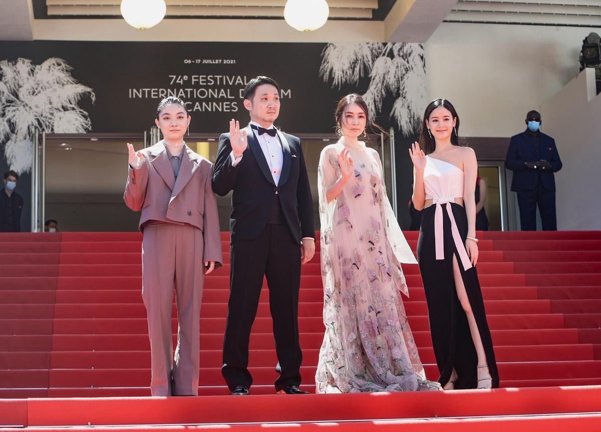 坎城紅毯唯一台灣「嬌」點!袁子芸美腿殺進國際影展