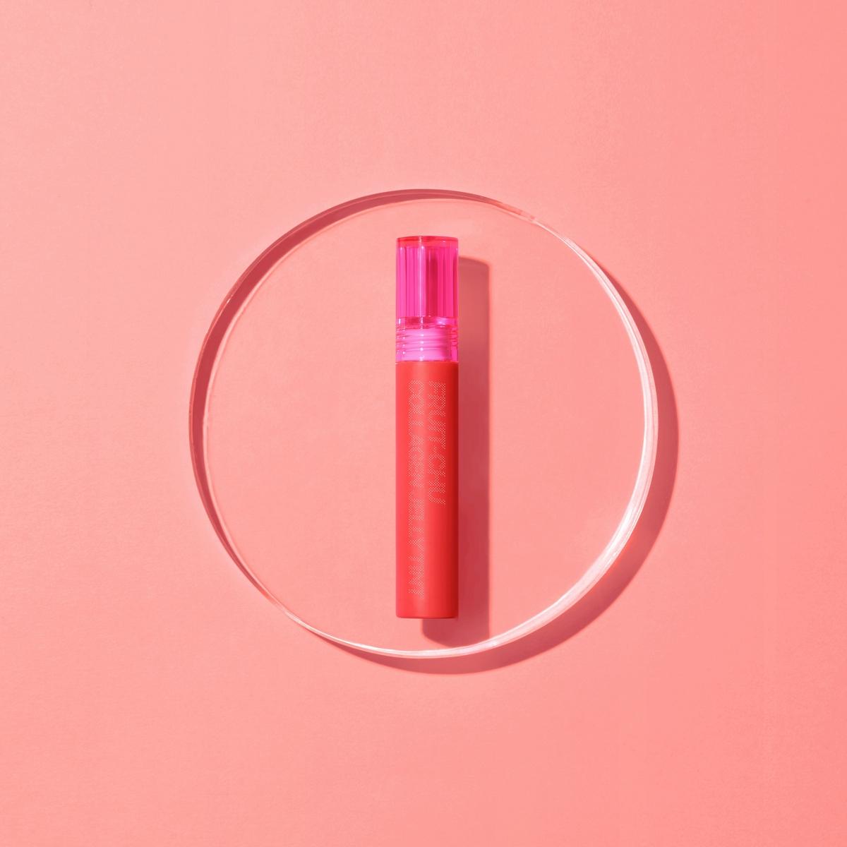 韓國人氣彩妝16brand巷口7-ELEVEN就買的得到,一抹貼唇化作嘟翹果凍, 無論戴口罩、喝飲料都清「罩美不誤」