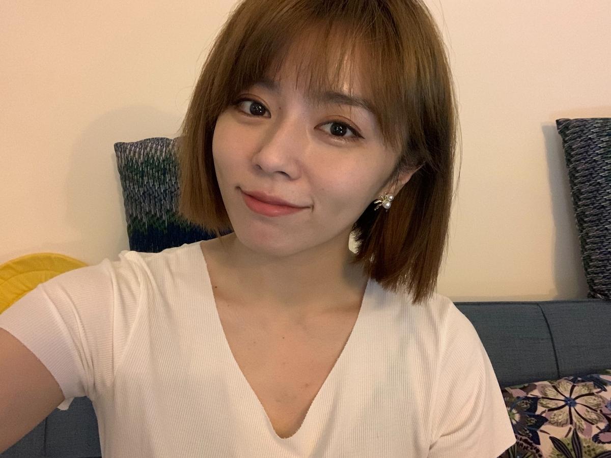 王瞳短髮look清純如女大生!防疫樂當小廚娘
