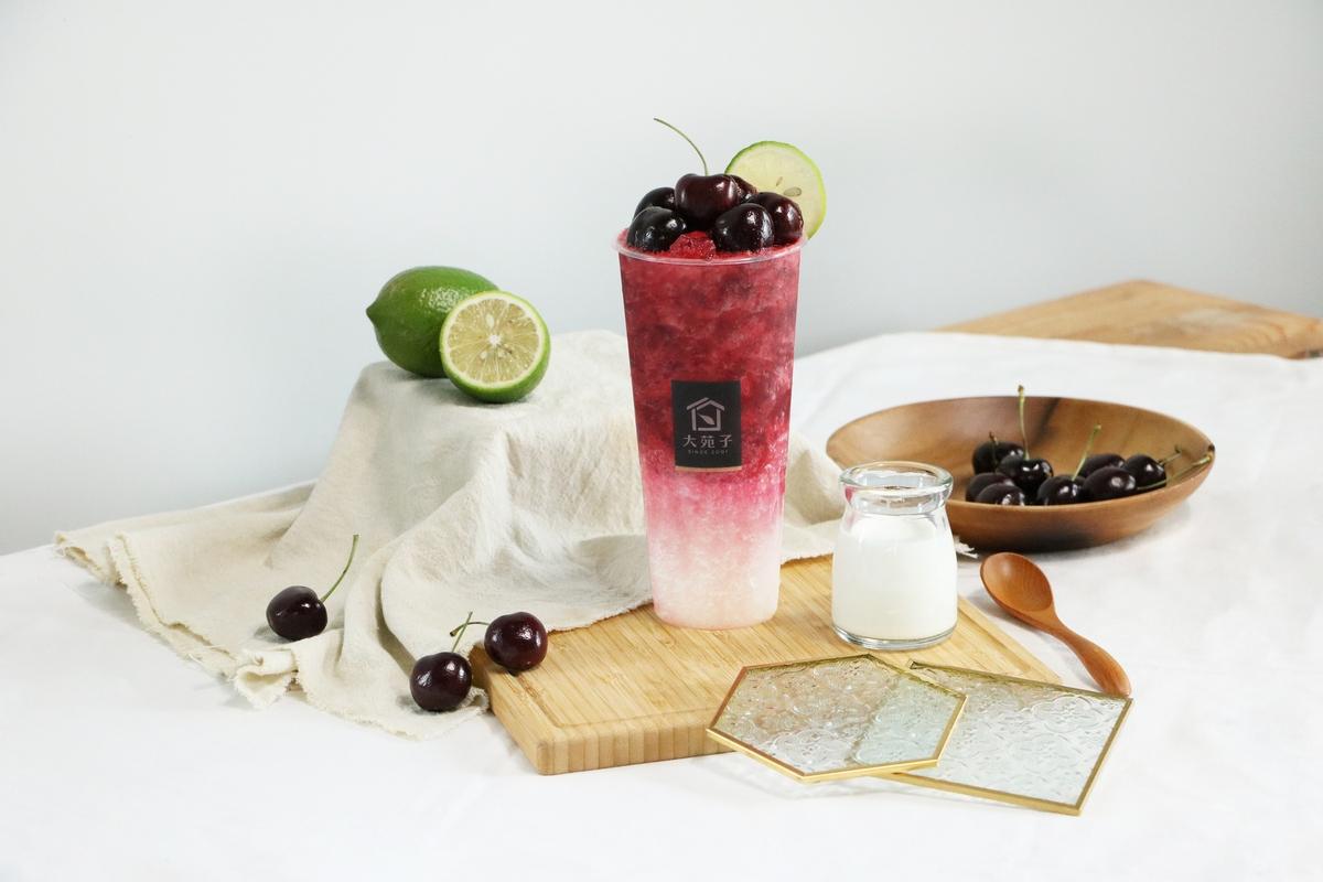 大苑子超氣派18顆華盛頓櫻桃飲品「櫻桃朵朵」強勢回歸! 「櫻桃翡翠」清爽口感新上市!