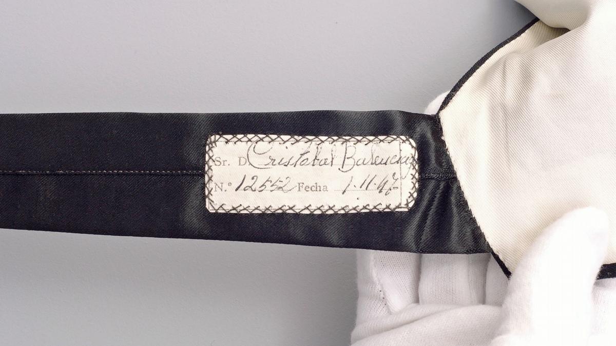 相隔53年!Balenciaga重返高訂時裝屋