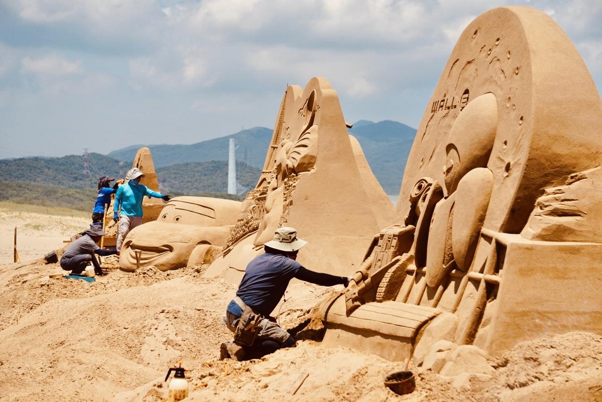 中秋連假打卡點!福隆國際沙雕藝術季18座經典皮克斯沙雕作品絕對要朝聖!