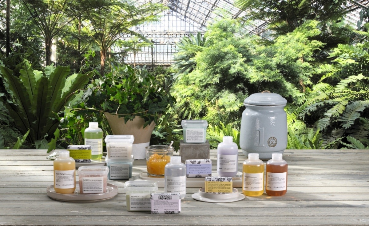 食品級的塑膠盒能種植物、履歷標籤貼可知道農場主人是誰!天然成分讓頭皮髮絲更健康,還能環保愛地球!