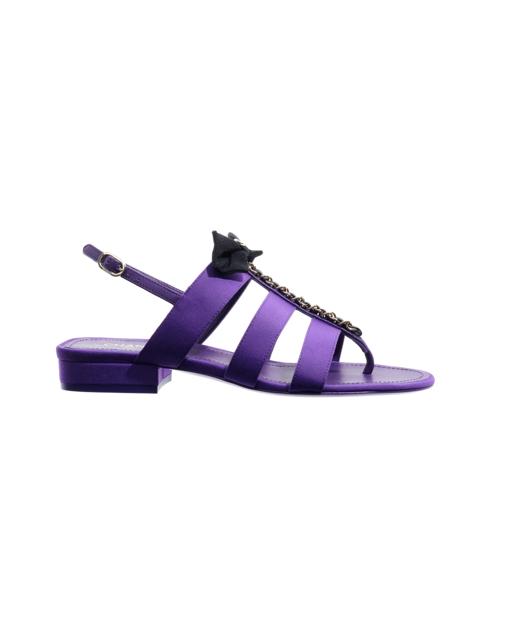 香奈兒秋冬再放大絕!華麗運動裝束、超萌毛絨手袋、可拆式高筒靴…讓你跑趴成最美焦點