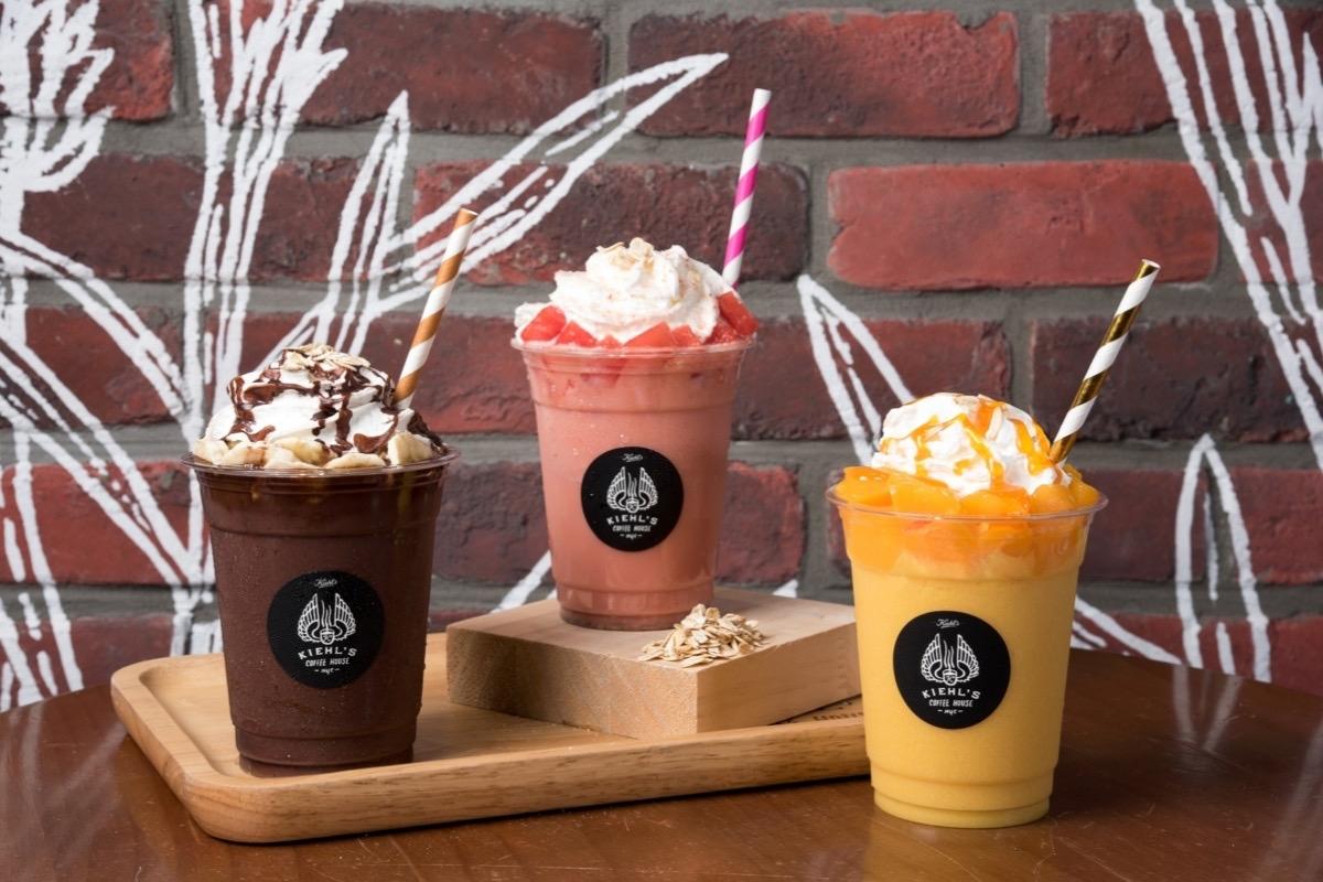 KIEHL'S COFFEE HOUSE推出水果尬燕麥奶期間限定飲品,健康又繽紛,一定要去是試試這個清涼好選擇!