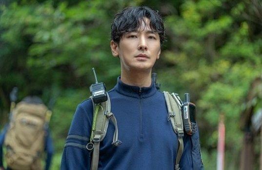 全智賢首演懸疑劇!率朱智勳揭《智異山》謎團