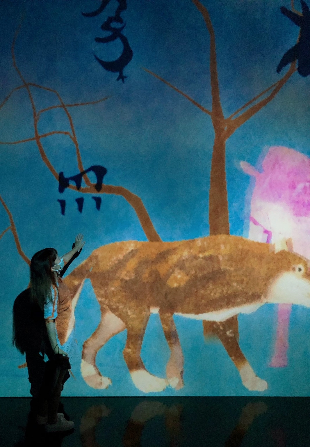 一秒出國,「teamLab未來遊樂園&與花共生的動物們」展覽,不只超多亮點,限定OPI經典指彩禮盒超夢幻